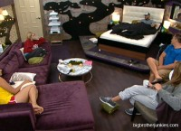 Wil, Willie, Joe, Britney and Janelle talking in the Hoh room