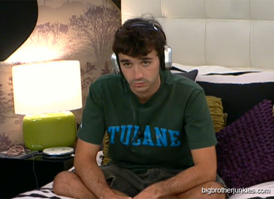 bb14-ian-headphones
