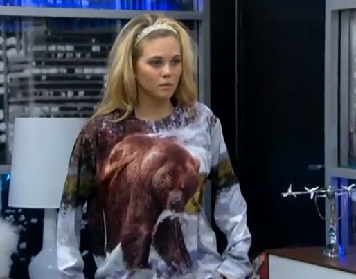 bb15-aaryn-bearshirt