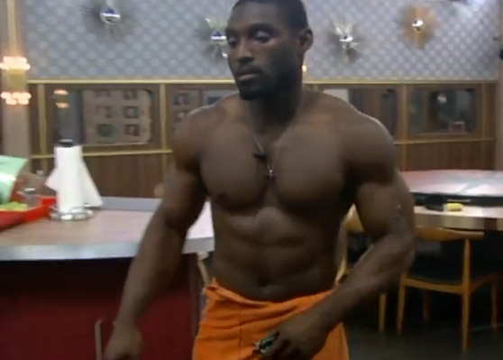 bb15-howard-shirtless2