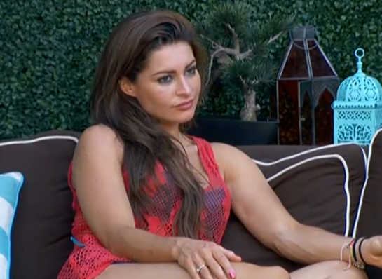 bb15-elissa-outside-mccrae