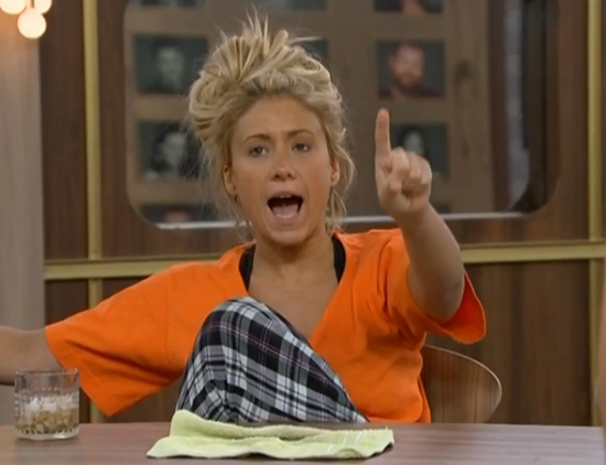 Big Brother 15 – GinaMarie And Amanda Have It Out