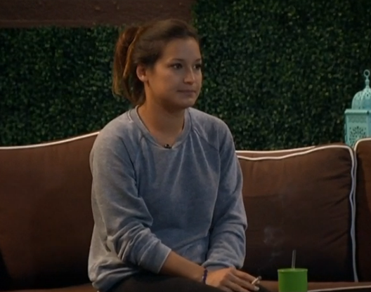 bb15-jessie-outside (1)