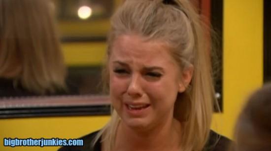 nicole-crying2