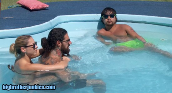 bb17-w8-pool