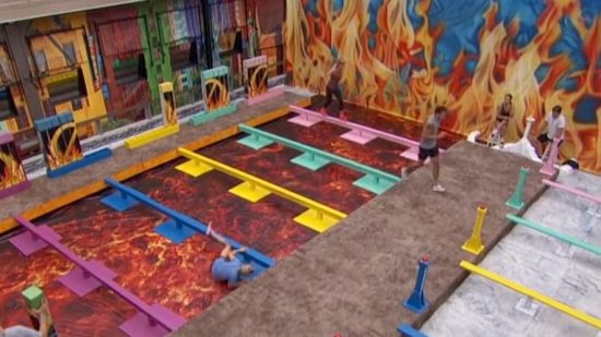 Big Brother 22 - Nicole takes a spill
